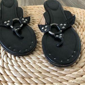 Frye Shoes - frye avery thong sandal